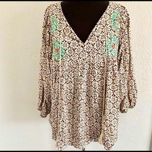UMGEE boho top w/embroidery size M